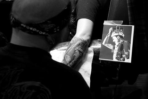 biellet moins cher mondial du tatouage tatouage. Black Bedroom Furniture Sets. Home Design Ideas